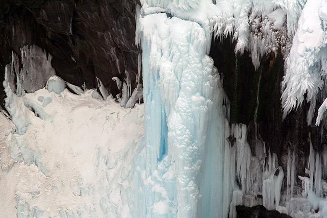 フレべの滝 アップ