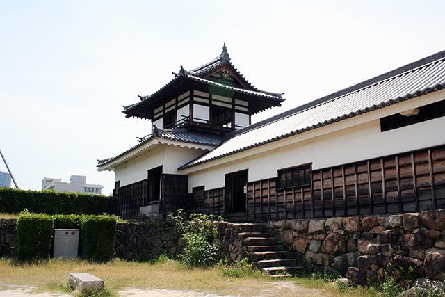 広島城 太鼓櫓と多聞櫓