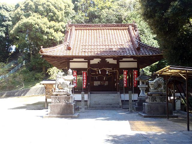 真亀山神社 拝殿