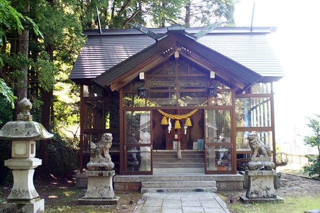 宇奈月神社 拝殿