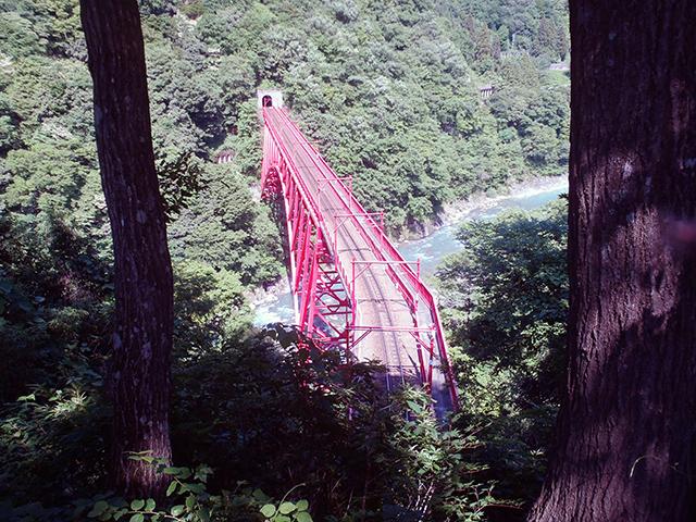 やまびこ展望台から新やまびこ橋