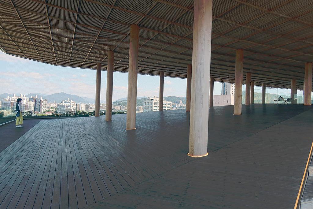 屋上展望台(ひろしまの丘)