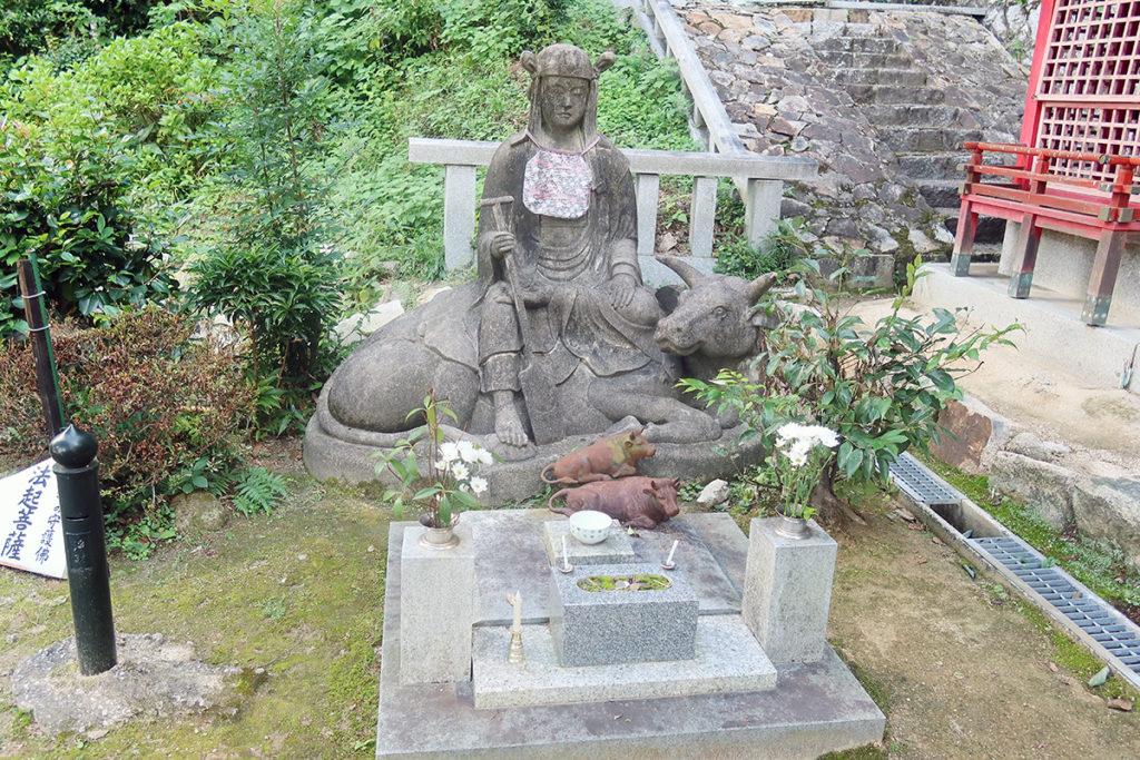 牛の守護佛 法起菩薩