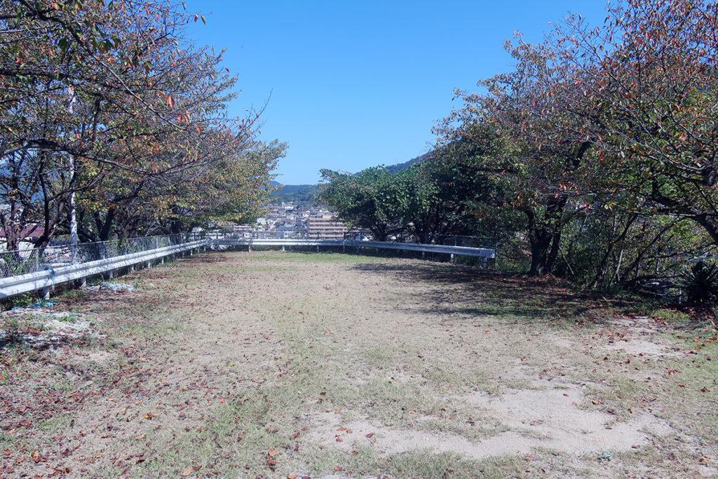 串山公園・入口付近