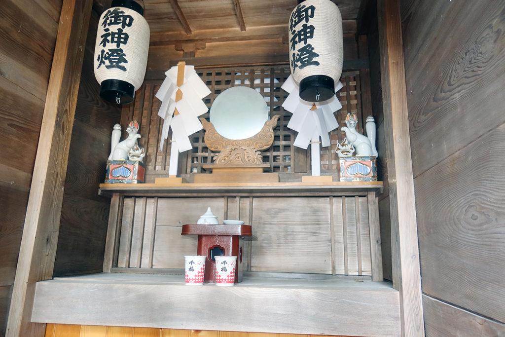 稲荷神社 お社内部