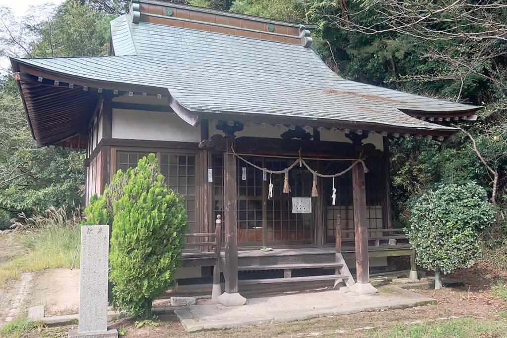 稲荷神社 社殿
