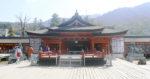 厳島神社 祓殿前